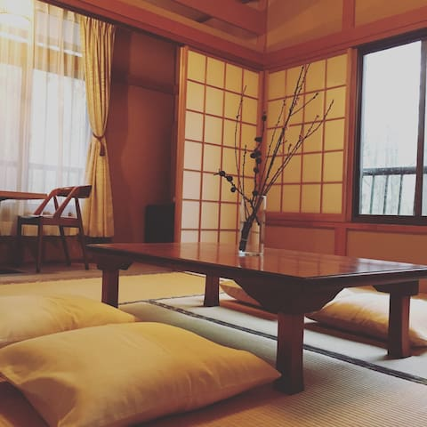 """Cosy"" Lake side Japanese traditional room No.1"