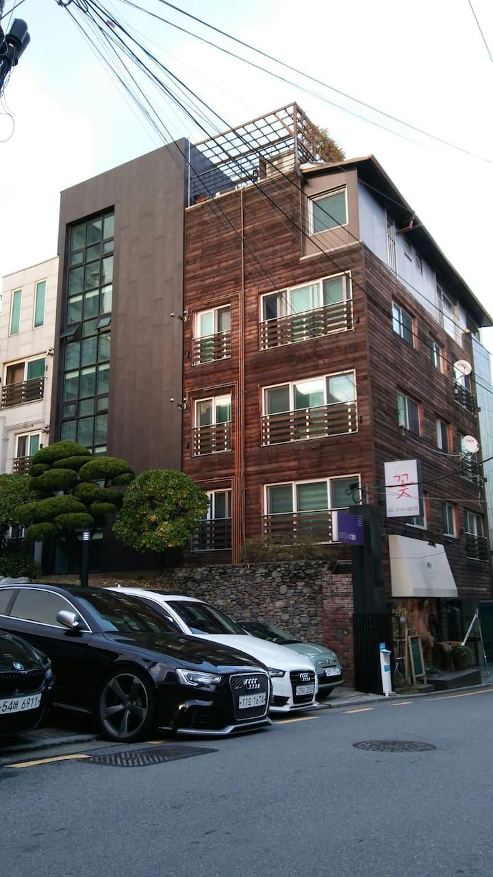 Hyun 402호 코엑스 롯데월드 압구정 가로수길 가까운 레지던스