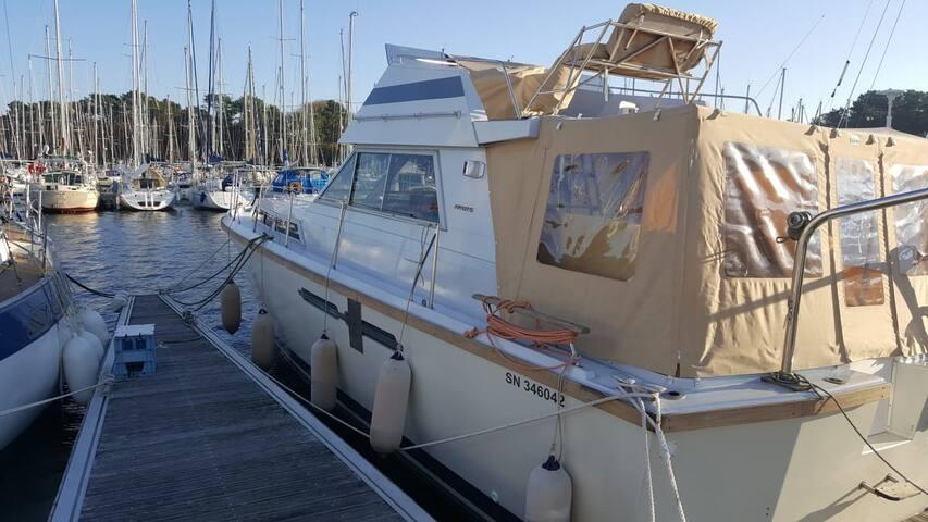 Vedette de 35M2  dans le Golfe du Morbihan