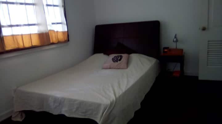 """Habitación en """"Casa Karuna"""""""