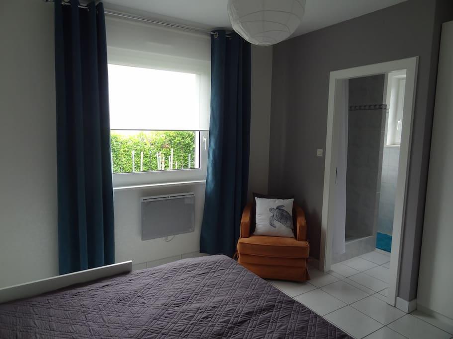 chambre douillette avec sdb priv e houses for rent in brumath alsace france. Black Bedroom Furniture Sets. Home Design Ideas