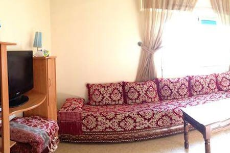 Living-room for backpackers with breakfast :) - Rabat