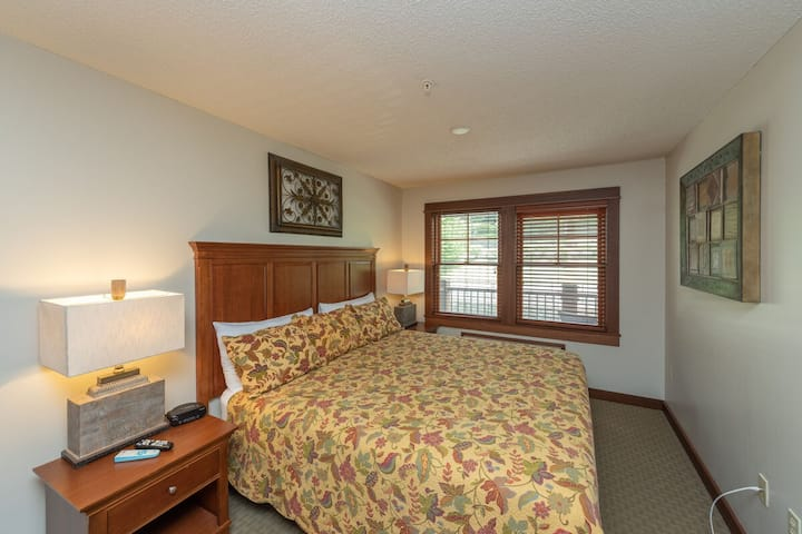 A212 - 1 Bedroom Standard View Suite with Oversized Deck and Seating!