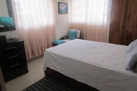 Furnish room in Altos de Arroyo Hondo