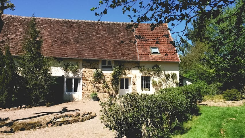 Les Arcandiers : cottage in the countryside (10 p) - Thou - House