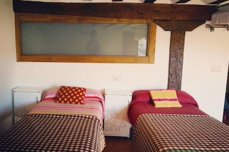 hostel in full biosphere reserve - San Román de Cameros