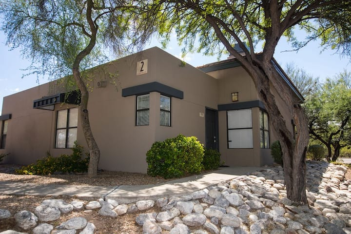 Ventana Canyon Two Bedroom Condo