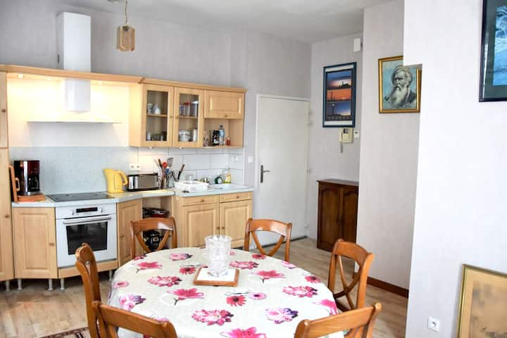 Apartment with 2 bedrooms in Morlaix, with WiFi
