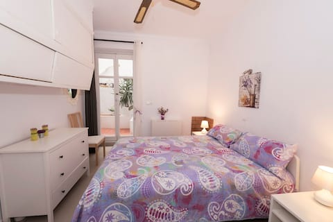 Charming cosy double room by the Old Town