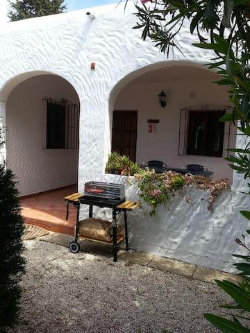 CASA DESMINA 63 m² für 4 Personen max 5 mit Pool - Zahora - Casa