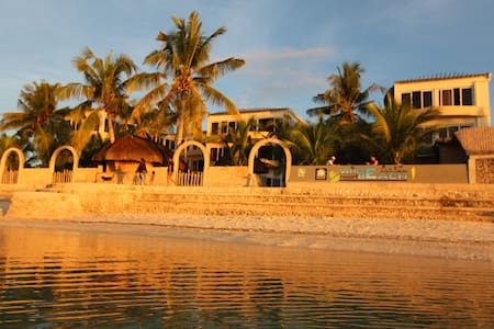 Esperanza: An Acomodation with a view