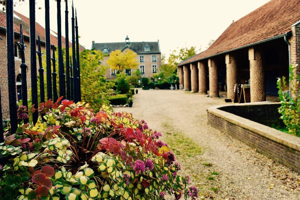Vooraanzicht Chateau Holtum