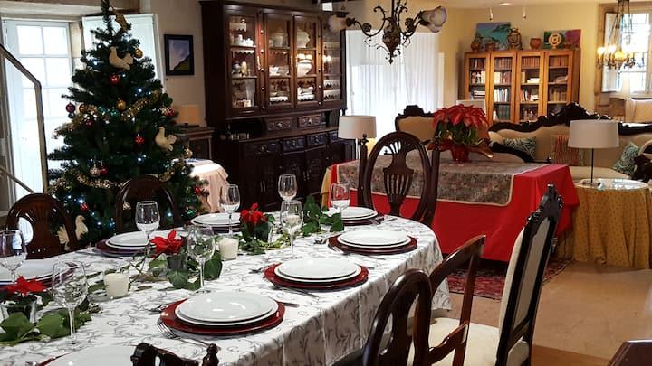 Casa rural santiago grupos navidad: 10 personas.