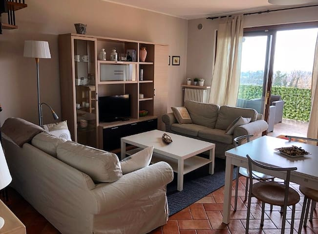 2 FLOOR APARTMENT WITH SWIMMING POOL (LAKE)