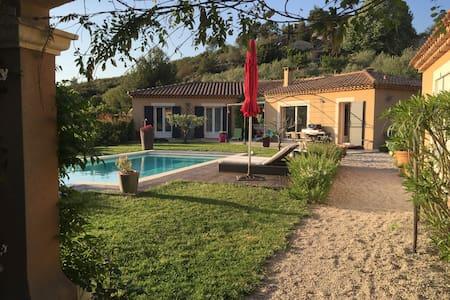 Maison Moderne entre Cassis et Aix - Roquevaire