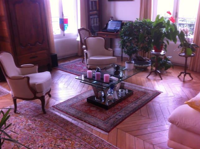 bel appartement entièrement rénové - Meulan-en-Yvelines