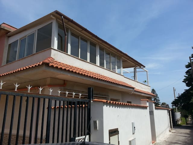 Appartamento,zona mare, vista monte - Cinisi - Apartment