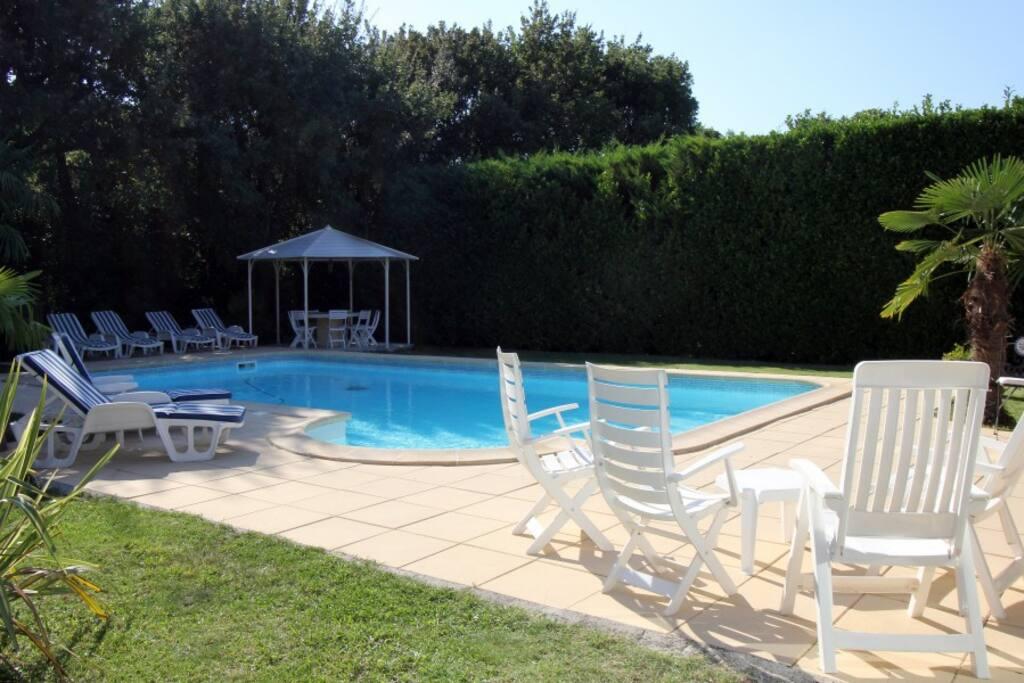 La cerise maison piscine campagne aixoise maisons - Piscine d aix en provence ...