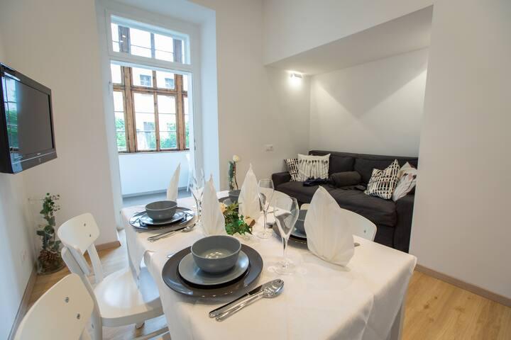 Moderne Wohnung mit traditionellem Altbauflair