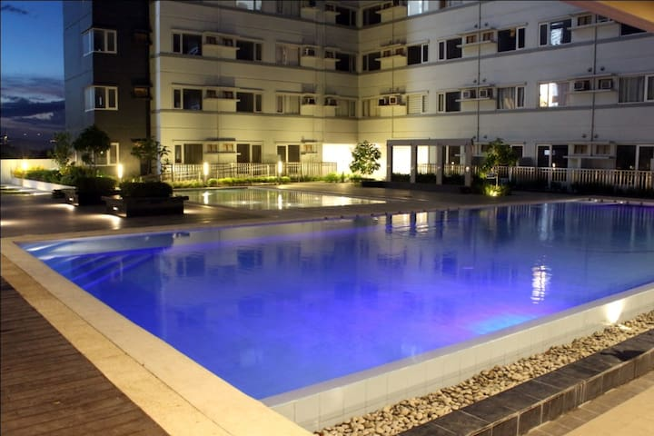 Two guests shall have access to the Avida Swimming Pools.  The third guest shall be charged 100 pesos.