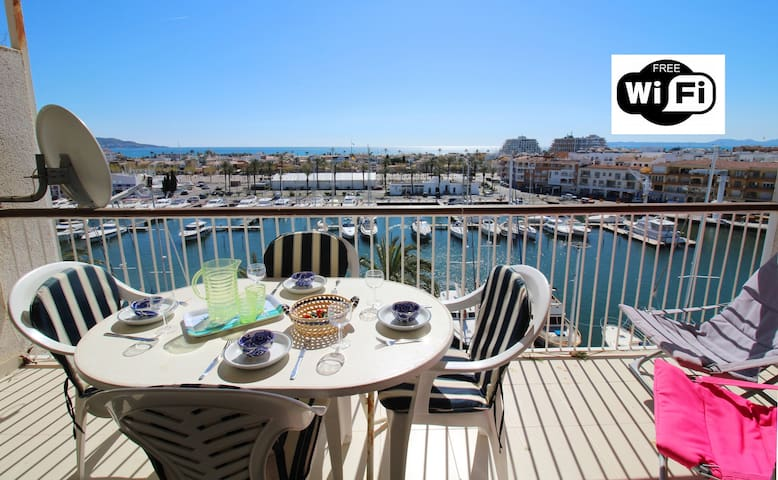 0161-PORT GREC Apartment with WIFI, canal and sea view