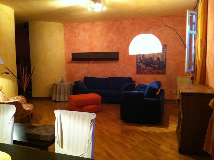 Casa Borsalino storia Elegante, Alessandria.