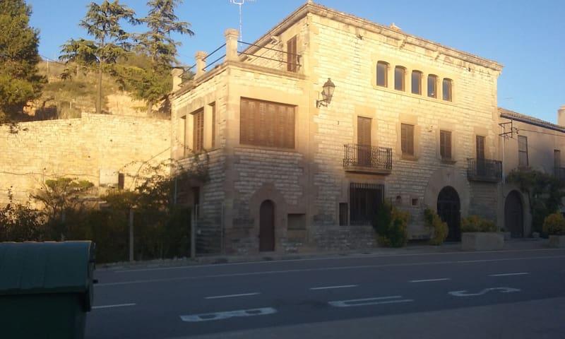 Can Llobet, 2 pers (Igualada, Catalunya)