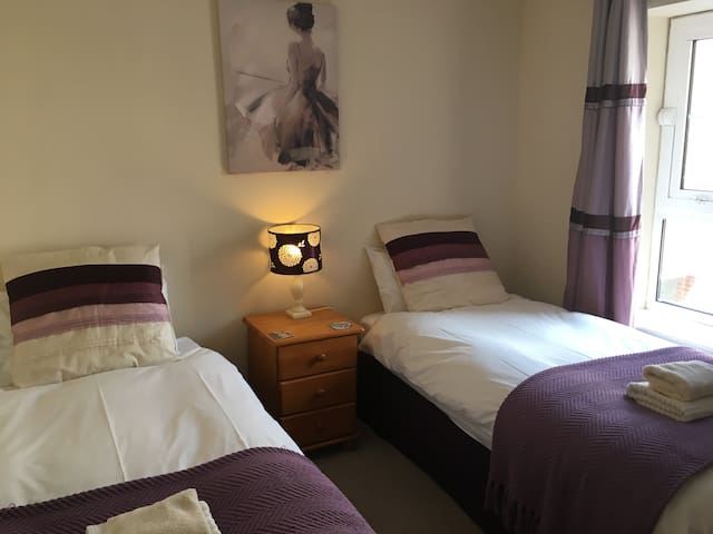 York City Centre apartment with Secure Parking