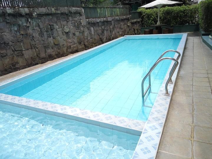 vasbatu - sewa villa kolam renang pribadi di batu