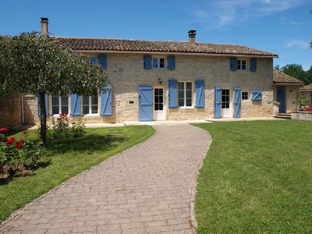 Beautiful French Stone house with private pool