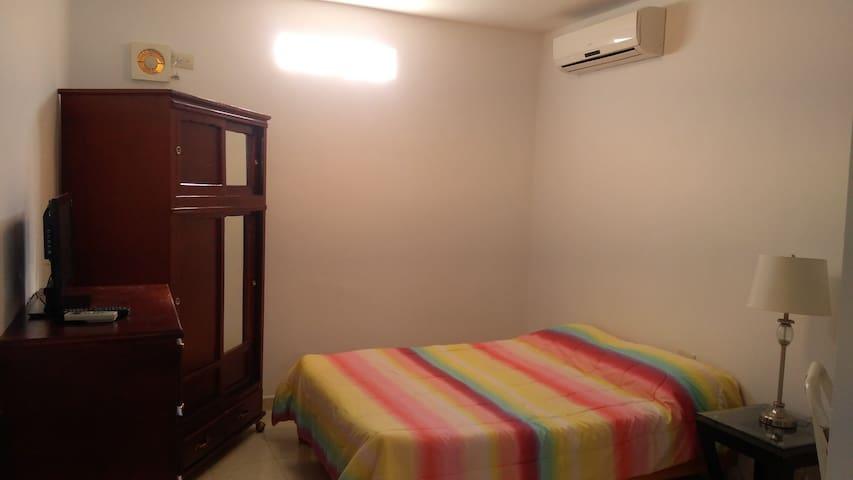 Loft Equipado en Zona Tec, 2do piso.