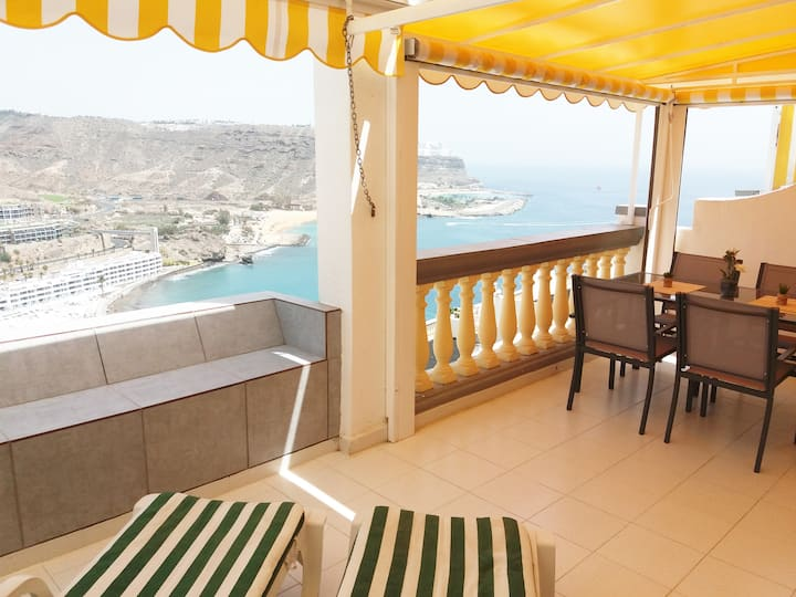 Stunning Air-Con Seaview Apartment (PDC-3)
