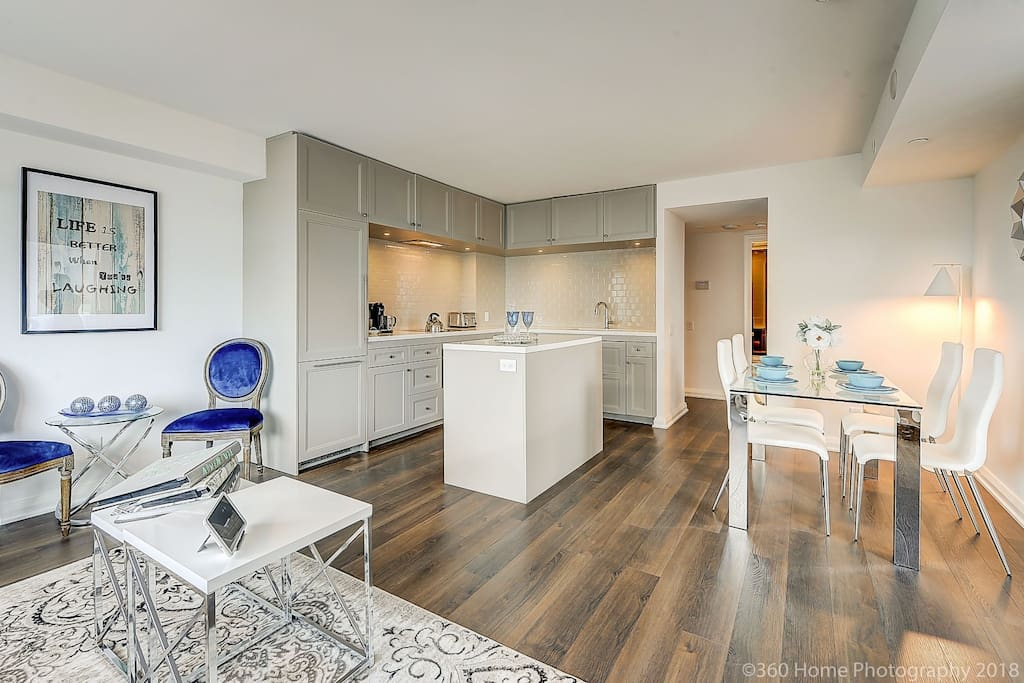 """""""Had a great experience! Great location and beautiful condo!"""""""