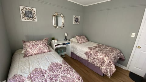 Private room in Harrison, NJ close to NYC!