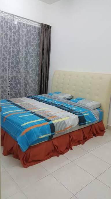 Masterebedroom King Size bed