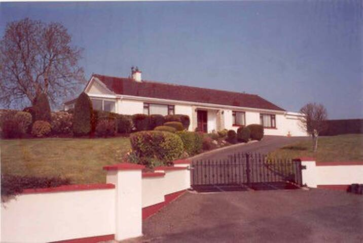 Newland Lodge