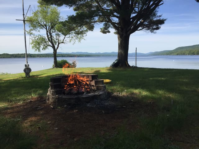 Beautiful Lake House on Great Sacandaga Lake