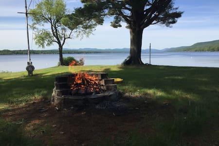 Beautiful Lake House on Great Sacandaga Lake