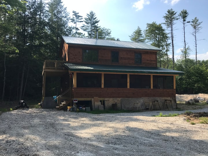 Awesome log cabin in baldwin maine on Saco river