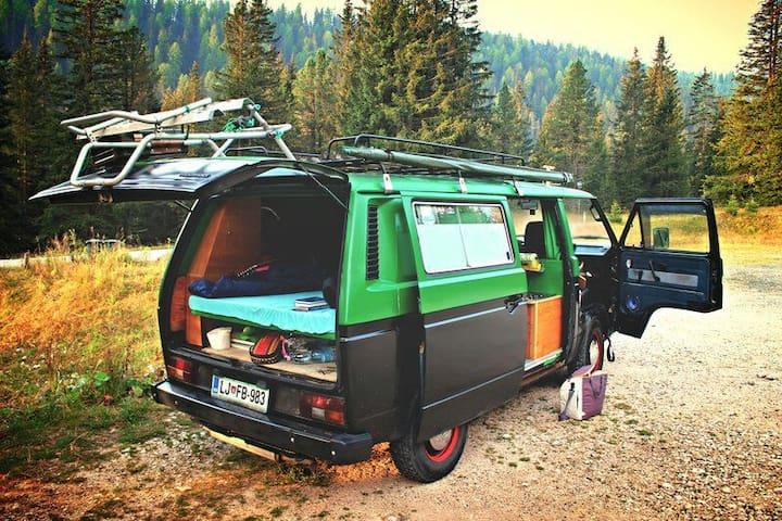 Camper van Zeleni Jurij T3 VW