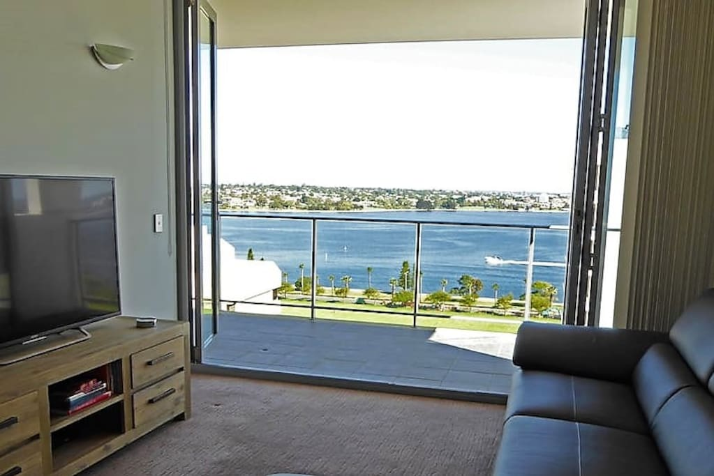 Lounge, Netflix or just enjoy the view!