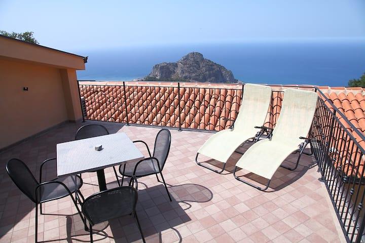 Sikelios Apartments #Apt 3 Porta Pescara