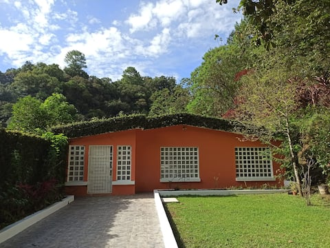 Linda Casa de estar en Cobán.