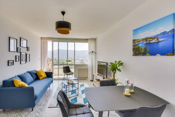 Chambre dans Appartement 5 pièces avec vue Mer