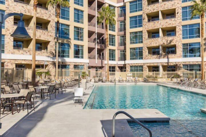 Strip View Las Vegas Suite