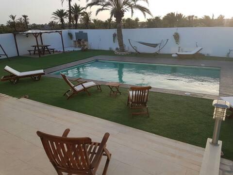 Paradisiaque villa sous le soleil