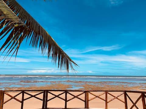 Casa inteira, pé na areia, conforto, frente mar
