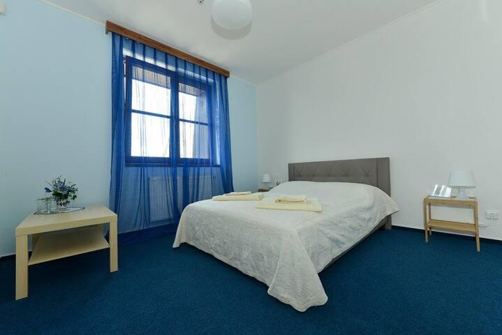 Hotel Trilobit-dvoulůžkový pokoj v centru
