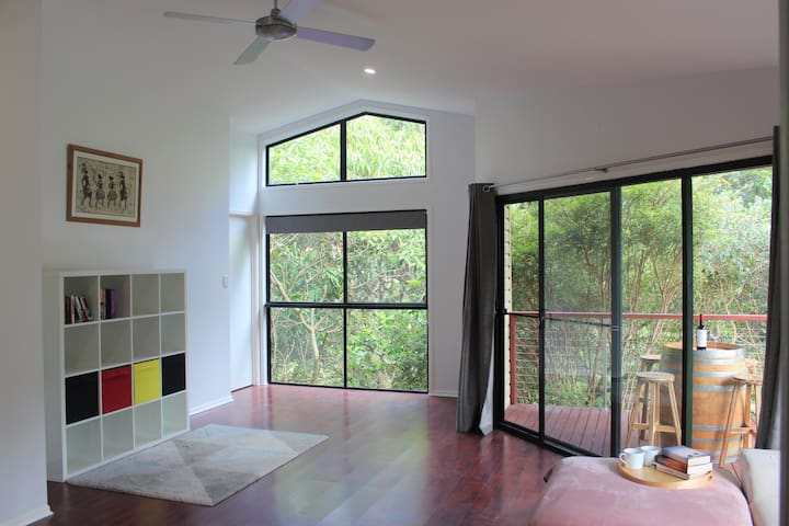 Spacious retreat close to Gold Coast attractions
