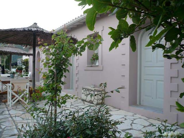 Stavlos Cottage 2 - Vasiliki